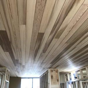 T様邸LDK天井板張り